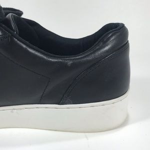 Vionic Shoes - Vionic Syra Casual Sneaker Size 9 Black Leather